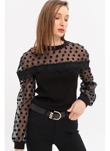 ESQ Üstü Puantiyeli Güpür Detay Bluz Siyah